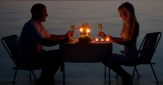 La magia de una cena a la luz de las velas revistas - Cena romantica con velas ...
