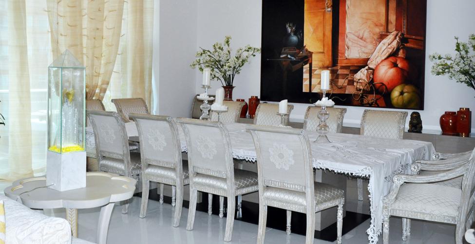 Piezas restauradas que conservan la tradici n familiar for Muebles restaurados en blanco