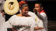 Fundación Festival Nacional de la Cumbia, Boris Barros y archivo particular.