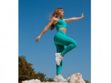 Cortesía de Mar de Lua, DB Activewear  y Beat A Bee Activewear