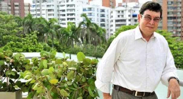 Es el presidente de la asociaci n colombiana de neurolog a for Divan quien fuera el