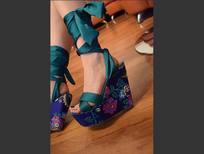 Zapatos al mejor estilo floral.