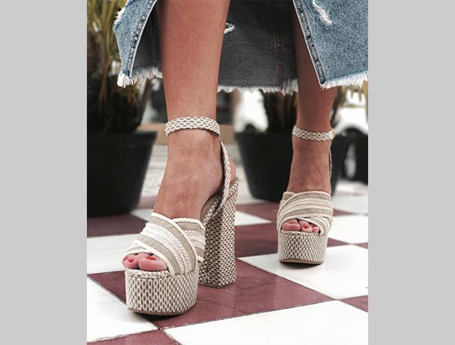Los 'chunky heels' de las hermanas Barakat.